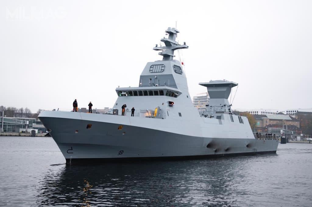INS Magen podczas prób wmorzu. Planuje się, żetrzy kolejne korwety typu Sa'ar 6będą przekazywane odbiorcy wpółrocznych odstępach