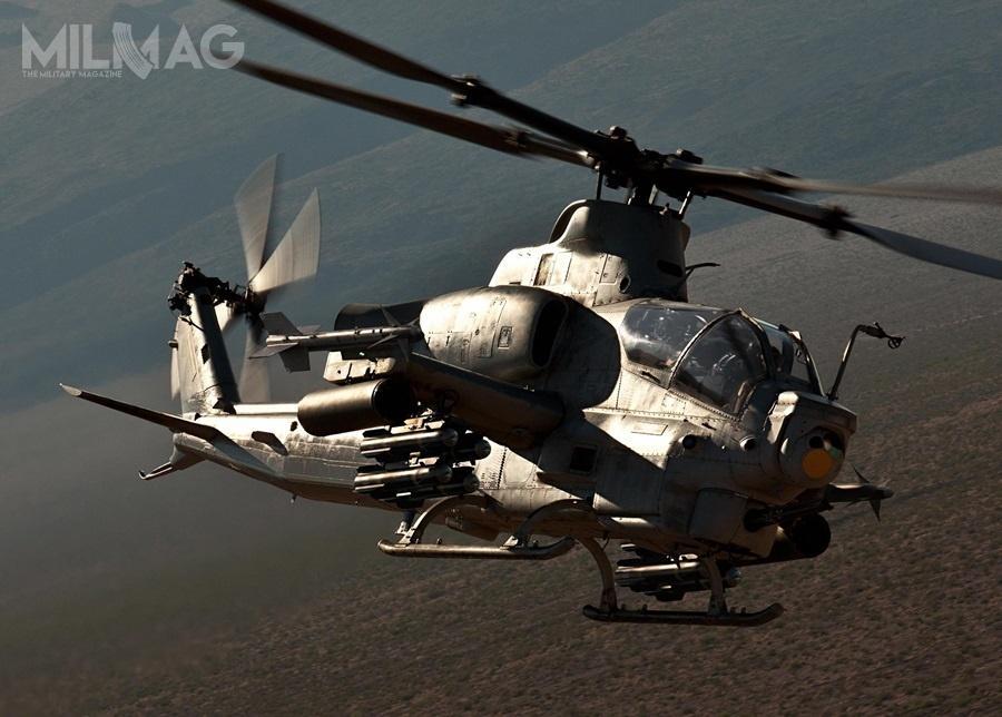 AH-1Z są obecnie eksploatowane tylkoprzezamerykański Korpus Piechoty Morskiej (US Marine Corps, USMC). Nadostawy 12 wiropłatów czeka Maroko, a4Czechy. Wcześniej, sprzedaż 12 śmigłowców doPakistanu została zablokowana przezDepartament Stanu (przezco Islamabad jest zainteresowany chińskimi CAIC Z-10ME) / Zdjęcie: Bell