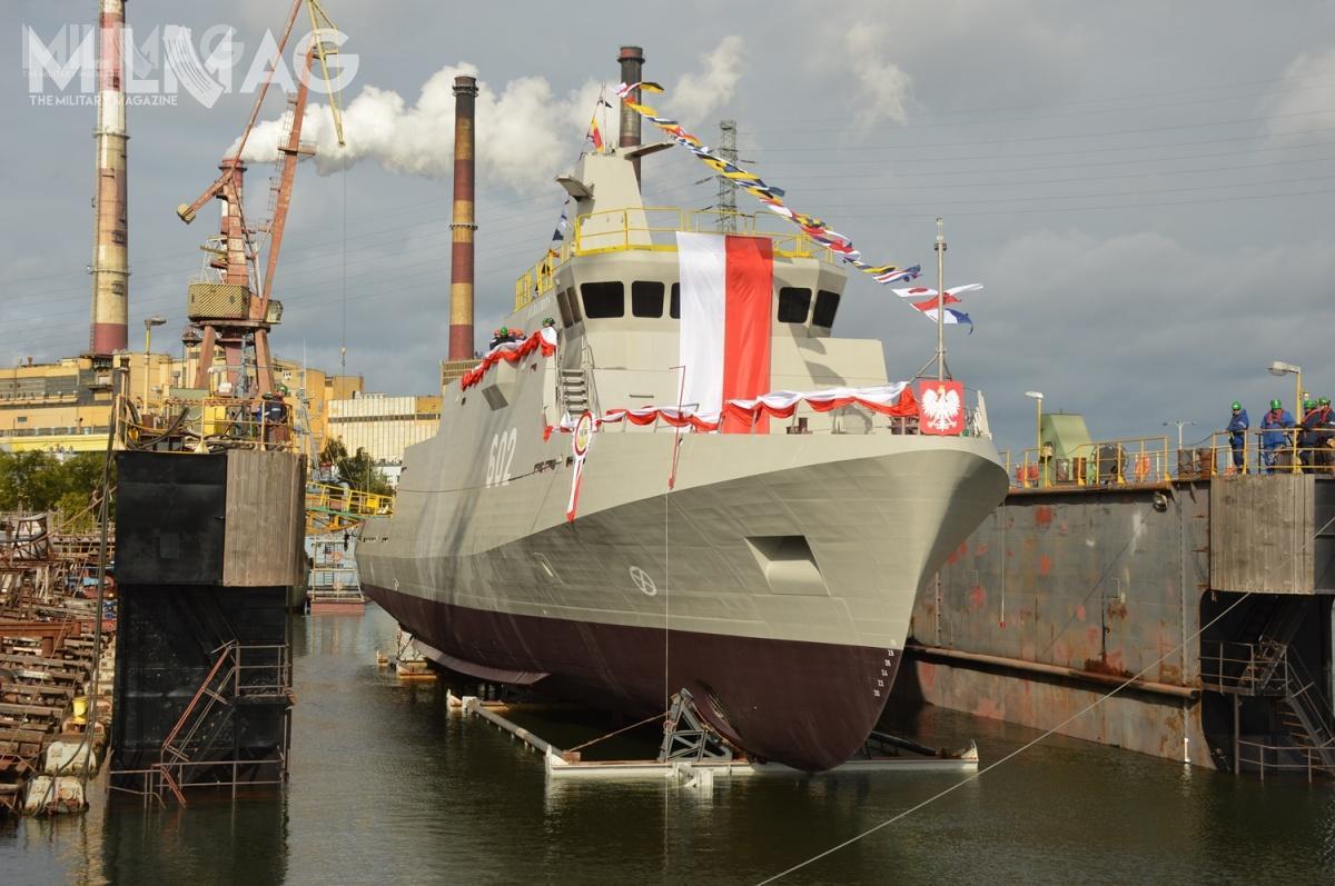 Okręty projektu 258 Kormoran II przeznaczone są doposzukiwania izwalczania minmorskich nawodach polskiej strefy ekonomicznej orazwgrupach taktycznych naMorzu Bałtyckim iPółnocnym. zastąpią wsłużbie ORP Mewa (623), Czajka (623) iFlaming (621) orazokręty projektu 206F/FM Krogulec, zwodowane w1966 iprzebudowane wlatach 1998-2001 / Zdjęcia: Michał Szafran