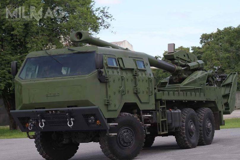 Tajskie wojska lądowe (RTA) są użytkownikiem 18 zestawów ahs ATMG. Zamówienie dla piechoty morskiej pozwoli nautrzymanie linii montażowej wkraju. /Zdjęcie: Ministerstwo Obrony Tajlandii.