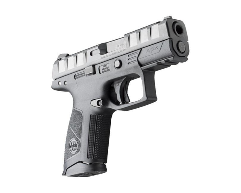 Pistolety różnią się odsiebie jedynie długością chwytu, aco zatym idzie - pojemnością magazynka. /Zdjęcia: Beretta