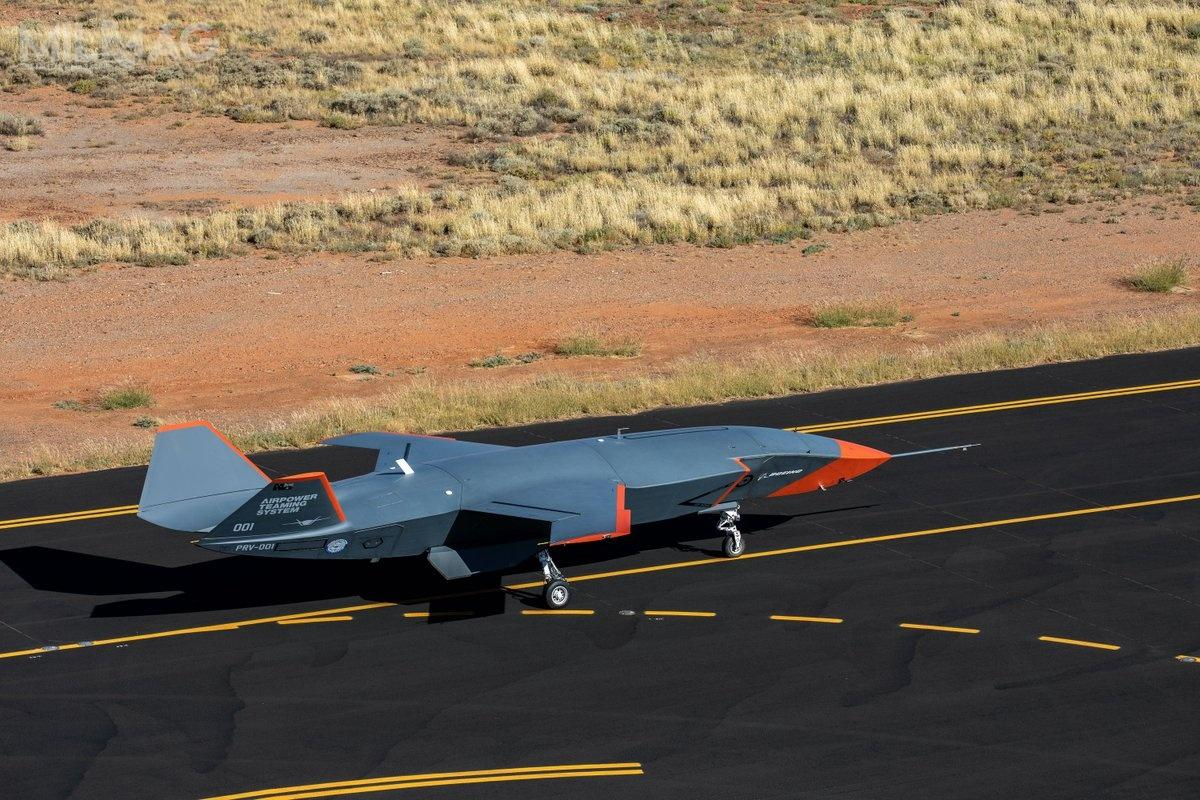 Boeing Australia iaustralijskie królewskie wojska lotnicze zakończyły próby kołowania zdużą prędkością autonomicznego bezzałogowca ATS, co jest ostatnim etapem przedjego oblotem. / Zdjęcie: Boeing