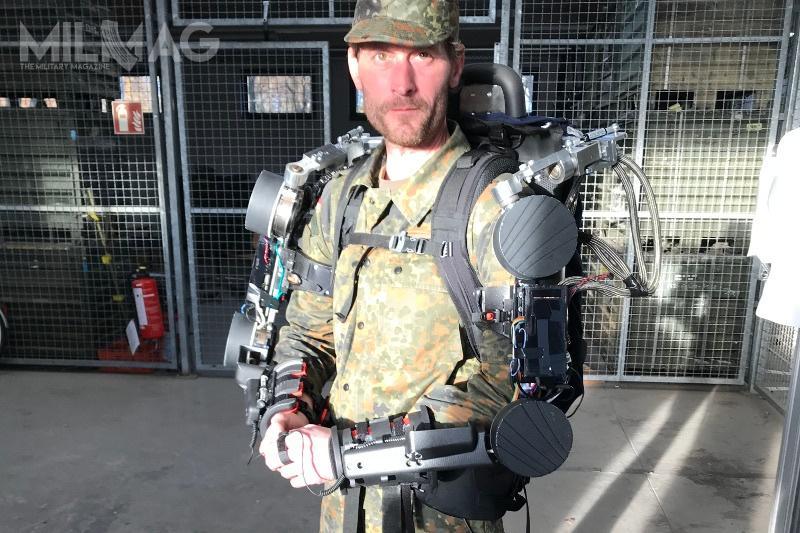 Egzoszkielety są robotycznymi urządzeniami noszonymi przezżołnierzy, które wspierają, anawet wzmacniają układ mięśniowo-szkieletowy użytkownika / Zdjęcie: Bundeswehra