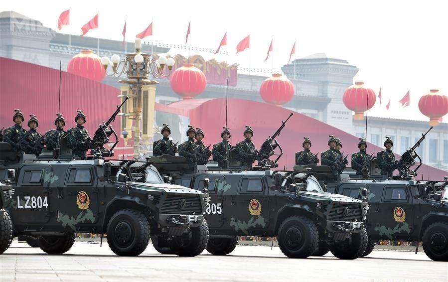 Na defiladzie zaprezentowała się także m.in.jednostka antyterrorystyczna Falcon Ludowej Policji Zbrojnej znowymi pojazdami opancerzonymi / Zdjęcia: Ministerstwo Obrony Chińskiej Republiki Ludowej