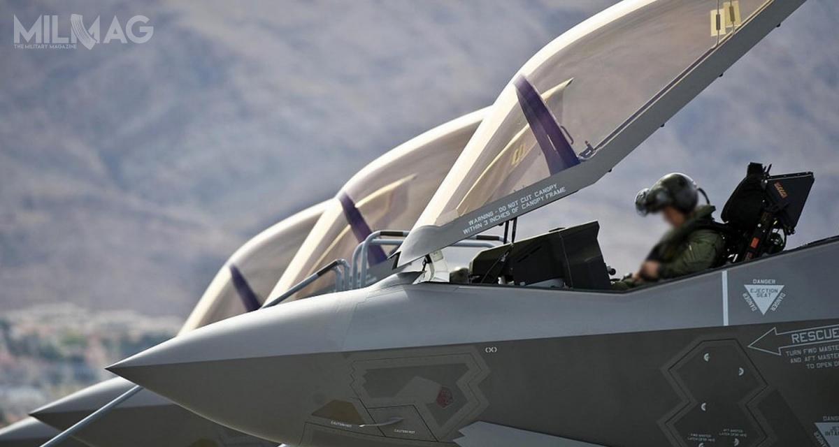 Po raz pierwszy whistorii cała flota amerykańskich F-35 Lightning II wszystkich wersji produkcyjnych została całkowicie uziemiona. Czasowy zakaz lotu dotyczy nieco ponad 200 samolotów. /Zdjęcie: USAF