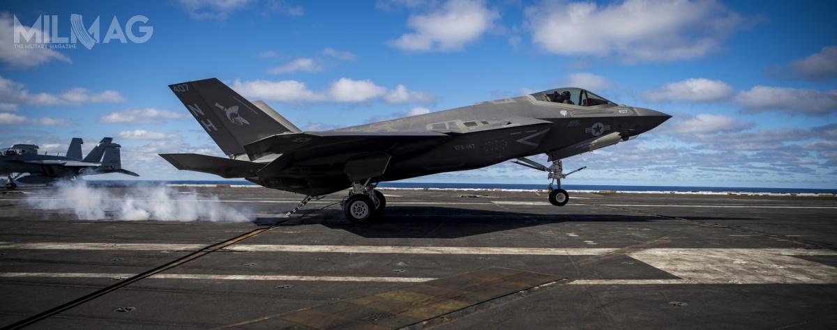 147. Eskadra Myśliwców Uderzeniowych (VFA-147 Argonauts) będzie pierwszą operacyjną eskadrą US Navy, wyposażoną wpokładowe samoloty wielozadaniowe 5. generacji F-35C Lightning II.