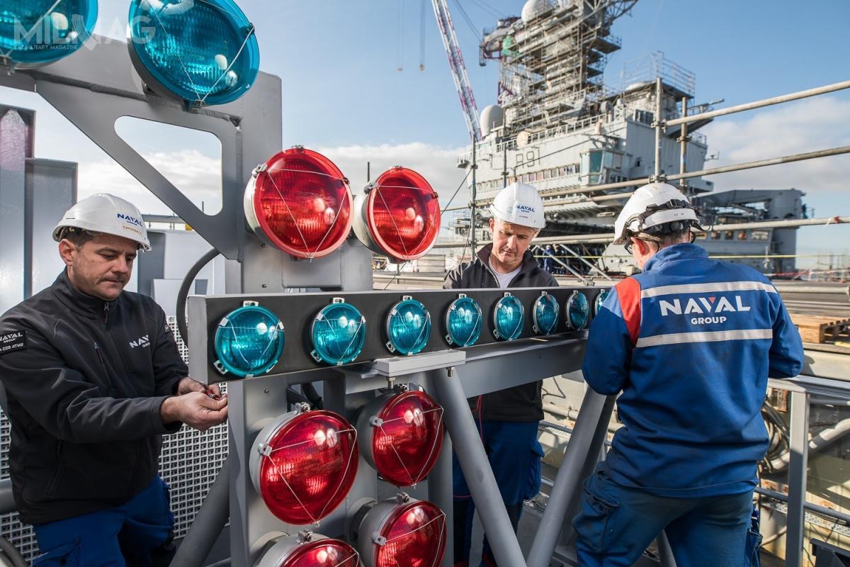 Okręt otrzymał nowe radary, systemy elektroniczne, przebudowano pokład lotniczy ihangary, atakże zmodyfikowano układ napędowy. /Zdjęcia: Naval Group