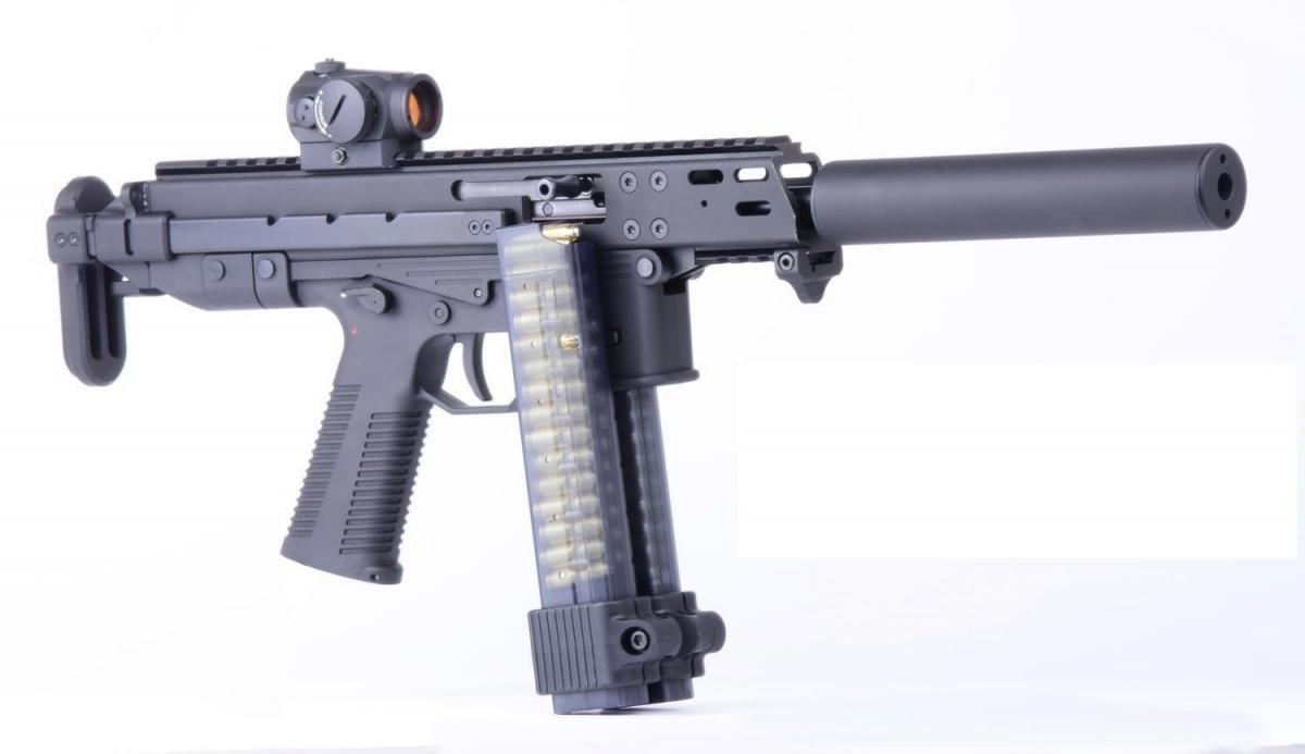 Samopowtarzalne GHM9 reklamowane są przezswojego producenta jako konstrukcje przeznaczone dla sportowców startujących wkonkurencjach dynamicznych jak idla strzelców rekreacyjnych. /Zdjęcia: B&T