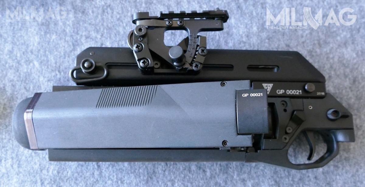 Następcą granatników rodziny SBAO-40 ma być 40-mm jednostrzałowy granatnik GS rozwijany przezWAT iradomską Fabrykę Broni wprogramie MSBS wraz znowym karabinkiem podstawowym MSBS-5,56K / Zdjęcia: Remigiusz Wilk