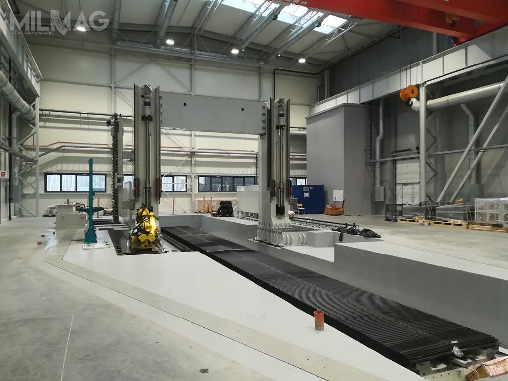 Zakończenie montażu maszyny ijej pierwsze uruchomienie planowane jest nalipiec 2019. Następnie urządzenie zostanie wdrożone doprocesu produkcyjnego