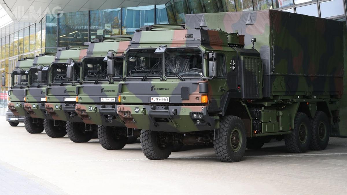 Pierwsza partia samochodów ciężarowych zrodziny RMMV HX2 objęła 20 pojazdów wukładzie napędowym 6x6.