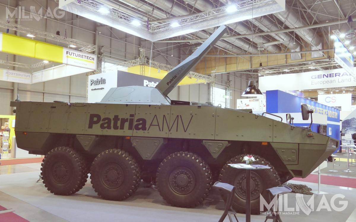 Oferowany Czechom 120-mm moździerz wieżowy NEMO napodwoziu Patria AMV 8x8. Finowie są gotowi dozintegrowania systemu zkażdą platformą kołową lub gąsienicową wybraną przecz Czechów. Pytanie czynaudział wpostępowaniu zdecyduje się Huta Stalowa Wola, producent autonomicznego 120-mm moździerza wieżowego M120/MAHSW / Zdjęcie: Remigiusz Wilk