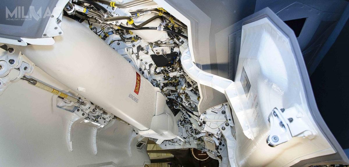 JSM powstał przede wszystkim dla F-35, zktórychprzystosowane doprzenoszenia wdwóch wewnętrznych komorach uzbrojenia, zostały warianty F-35A iF-35C