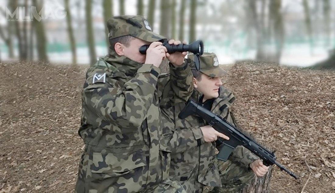 Pierwsze karabinki Grot C16 FB-M1 trafiły wręce funkcjonariuszy Straży Granicznej w2018 roku. Odtamtejpory łączne zamówienia nanową modułową broń zŁucznika wzrosły do713. Straż Graniczna jest drugą poWojsku Polskim formacją, któraużytkuje ten model konstrukcji strzeleckiej