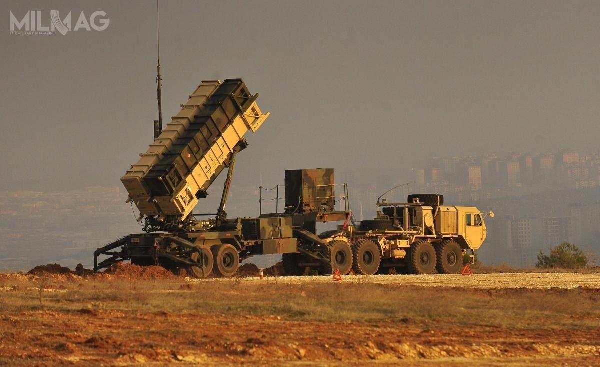 Zestawy rakietowe Patriot służą Kuwejtowi przede wszystkim doochrony infrastruktury krytycznej związanej zprzemysłem petrochemicznym, kluczowym dla gospodarki tego państwa / Zdjęcie: US Army