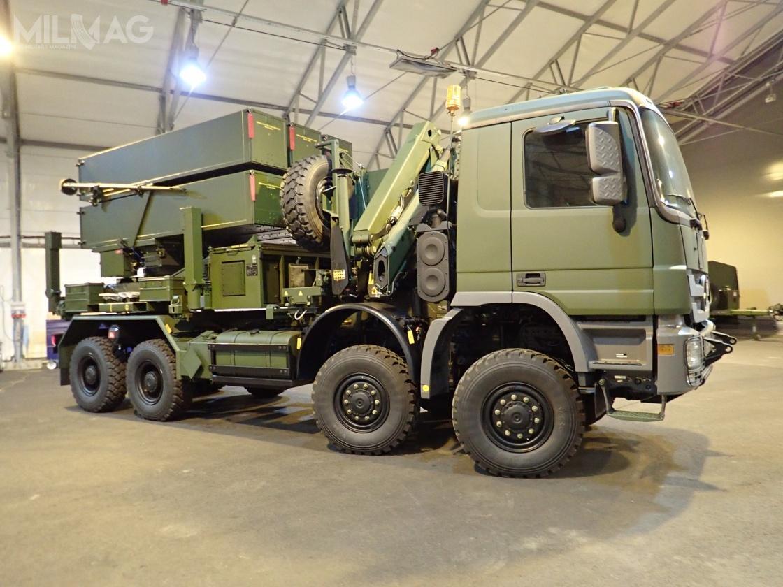 Litewskie wyrzutnie zestawów przeciwlotniczych NASAMS są napodwoziu samochodów ciężarowych Scania 8x8. Wyrzutnie pochodzą znadwyżek norweskich królewskich wojsk lotniczych izostały zmodernizowane