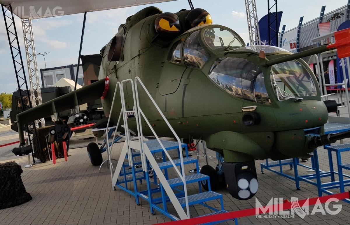 Konsorcjum spółek PGZ wraz zInstytutem Technicznym Wojsk Lotniczych (zleceniodawcą prób zmęczeniowych) orazizraelskim koncernem Rafael Advanced Defense Systems zaprezentowały propozycję modernizacji śmigłowców uderzeniowych Mi-24D/W / Zdjęcie: Jakub Link-Lenczowski