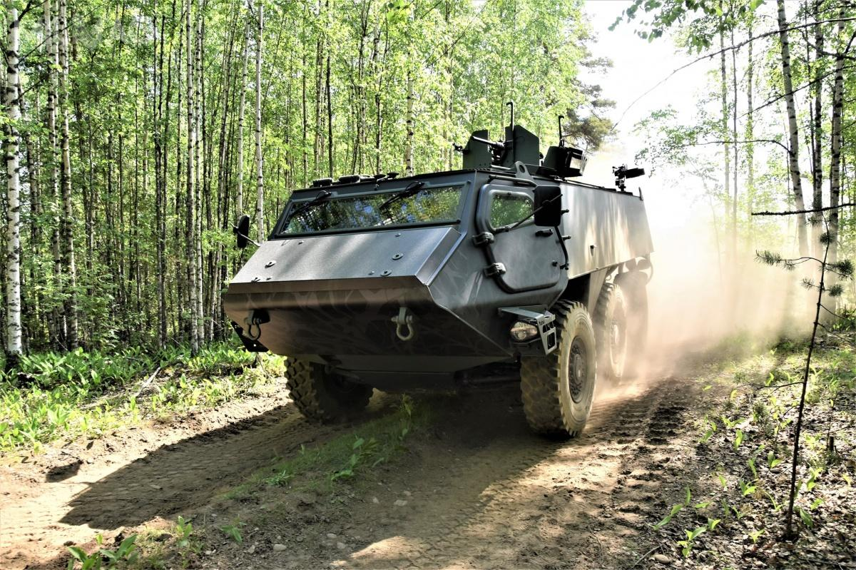 The total VAT-inclusive value of the entire product development contract is approximately EUR 7.3 million, including the product development of the above-mentioned common platform and crew transport vehicle and driving position vehicle equipment. Finland and Latvia share the costs equally / Photo by: Finnish MoD