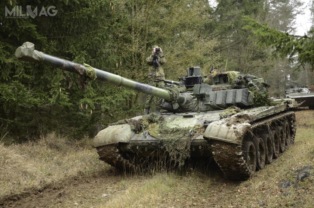 Armáda České republiky (ACR) ma nawyposażeniu około 35 czołgów T-72M4CZ wlinii i86 niezmodernizowanych T-72M1 wrezerwie. Po2025 planowany jest zakup 30-40 ich następców / Zdjęcie: The Joint Multinational Training Command Public Affairs Office
