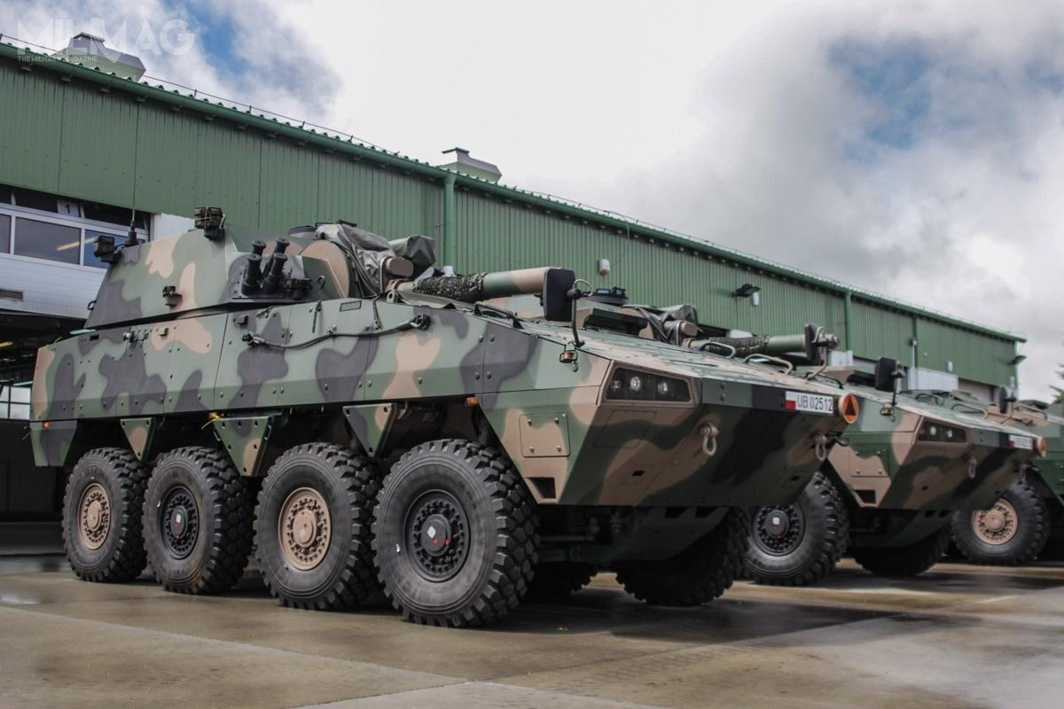 120-mm Samobieżny Moździerz RAK może być rozpatrywany jako jedna zpropozycji wprogramie FIFT.  Inne systemy spełniające wymagania toNEMO (New Mortar) idwulufowy AMOS (Advanced Mortar System), oba napodwoziu AMV Patria 8x8 czyMjölner napodwoziu bwp CV90 / Zdjęcie: 17. Wielkopolska Brygada Zmechanizowana