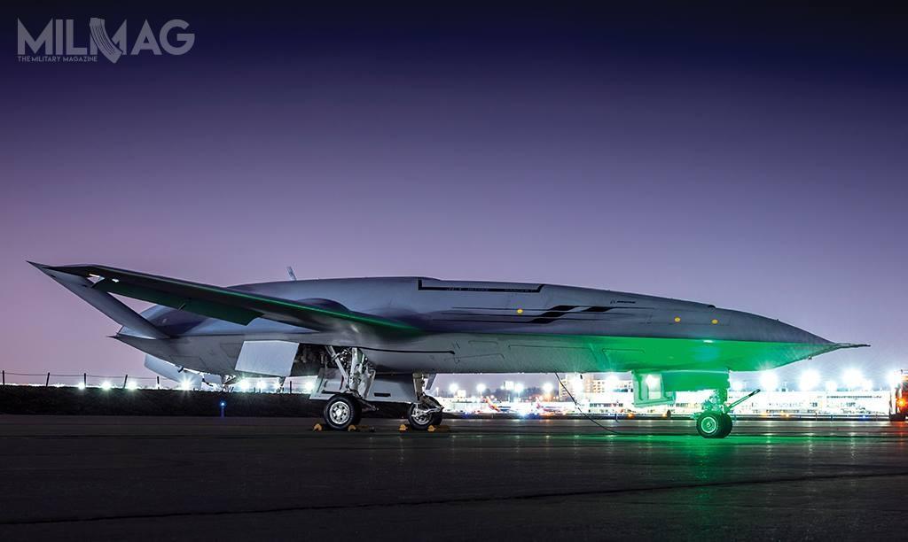 T-1 charakteryzuje się bardzo smukłą sylwetką, któraniebyła dostrzegalna napierwszej, ujawnionej wgrudniu 2017 fotografii, przedstawiającej bsl odprzodu
