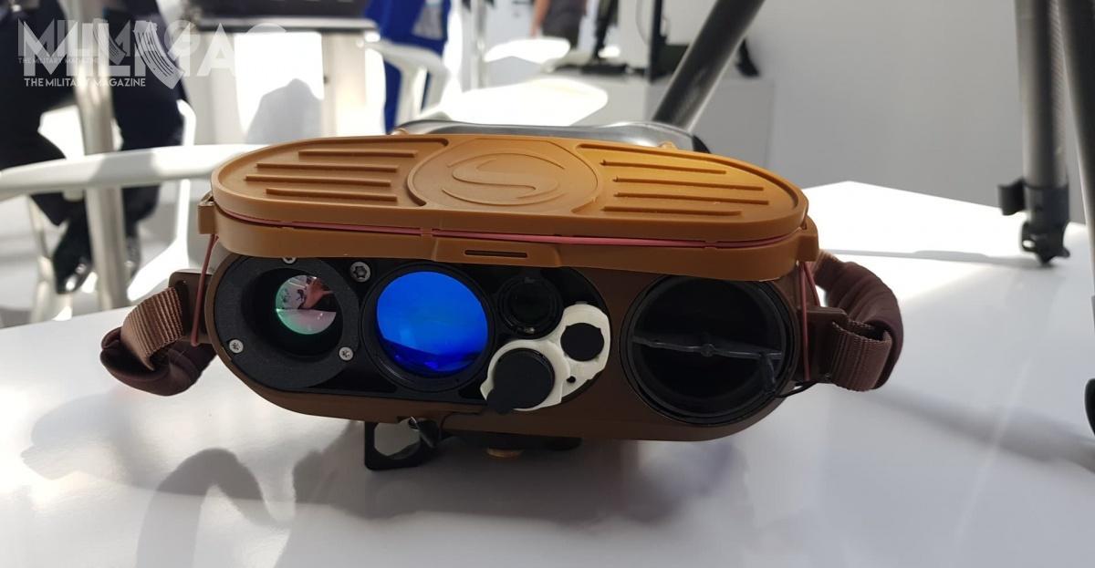Wielofunkcyjne lornetki termowizyjne JIM Compact zapewniają ciągłą obserwację naodległość dzięki trzem uzupełniającym się kanałom: termowizyjnym, dziennym kolorowym orazniskiego stopnia podświetlenia. / Zdjęcia: Jakub Link-Lenczowski