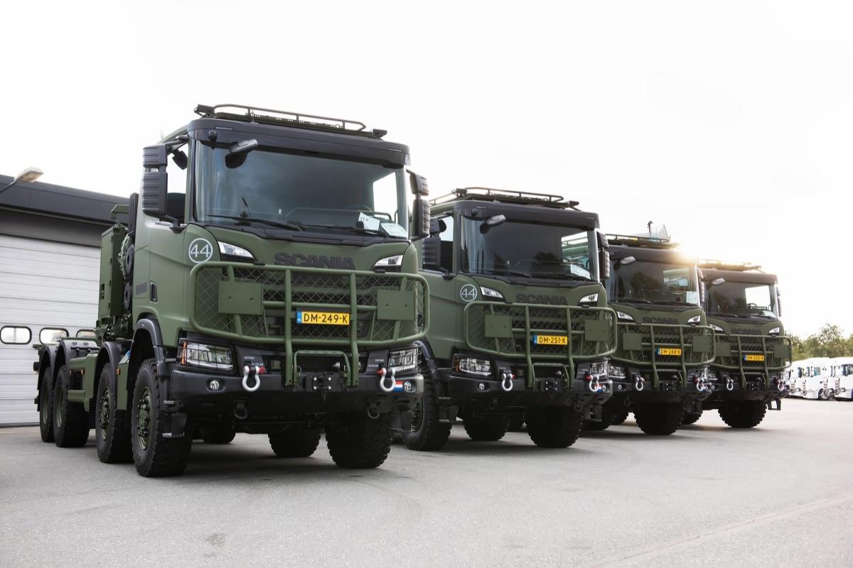 Królewskie wojska lądowe Niderlandów mają otrzymać łącznie 2847 samochodów ciężarowych Gryphus XT wukładach napędowych 4x4, 6x6 i8x8 / Zdjęcie: Scania Nederland