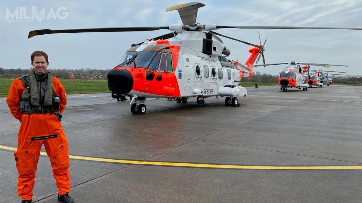 W chwili ogłoszenia wstępnej gotowości operacyjnej śmigłowców poszukiwawczo-ratowniczych AW101 SAR Queen, wbazie lotniczej Sola znajdowało się osiem zszesnastu zamówionych. Śmigłowce są wyposażone wradary zaktywnym skanowaniem elektronicznym Leonardo Osprey AESA / Zdjęcie: Forsvaret