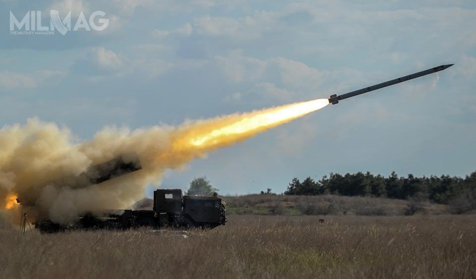 Pocisk rakietowy systemu Olcha może razić cele, wzależności odmasy przenoszonej głowicy bojowej, naodległość od90 do120 km. /Zdjęcie: Ołeksander Turczynow