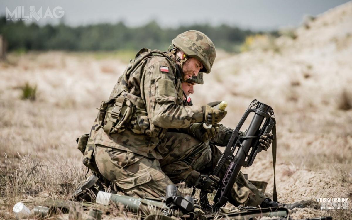Jak podkreśla, DWOT, obsługujący moździerze żołnierze  cenią sobie to, żesą one przyjazne dla użytkownika. Celowniczy chwalą zastosowanie prostych iniezawodnych cieczowych lub elektronicznych przyrządów celowniczych / Zdjęcia: Wojska Obrony Terytorialnej