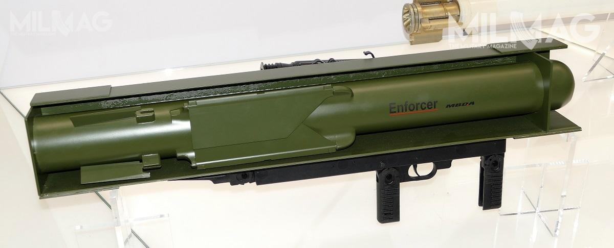 Nie tylkoizraelski Rafael ADS Spike SR, aleteż opracowywany przezMBDA Germany lekki przeciwpancerny pocisk kierowany Enforcer ozasięgu 50-2000 m (przekrój nazdjęciu) wpisuje się wpolskie plany zakupu ppk Pustelnik ozasięgu 1400 m / Zdjęcie: Remigiusz Wilk