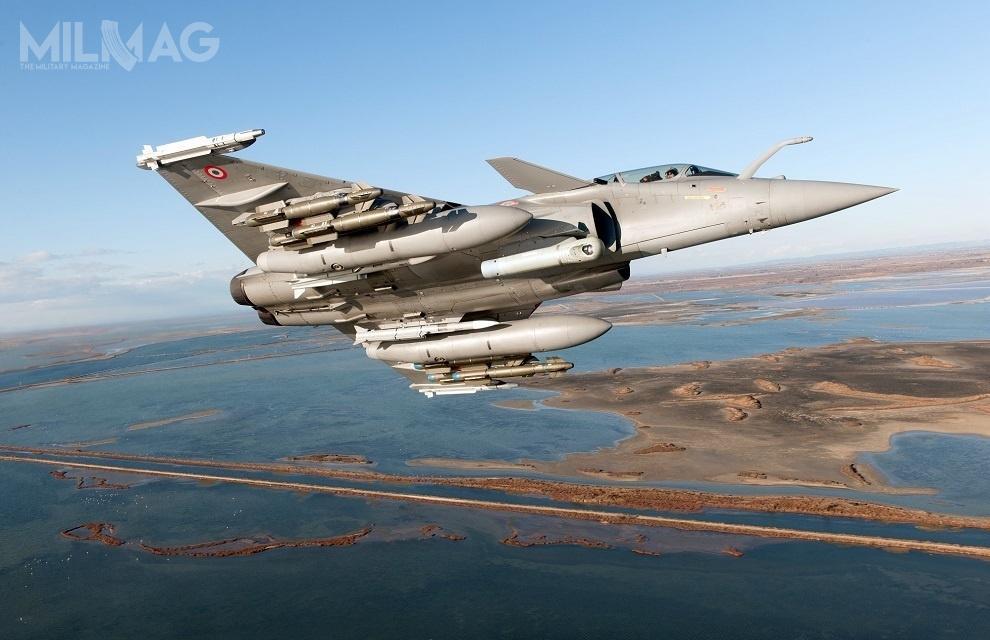 Modernizacja samolotów Dassault Rafale F3.4+ dostandardu F3-R ma związek zkoniecznością utrzymania zdolności dostałych misji odstraszania nuklearnego orazochrony francuskiej przestrzeni powietrznej / Zdjęcie: DGA