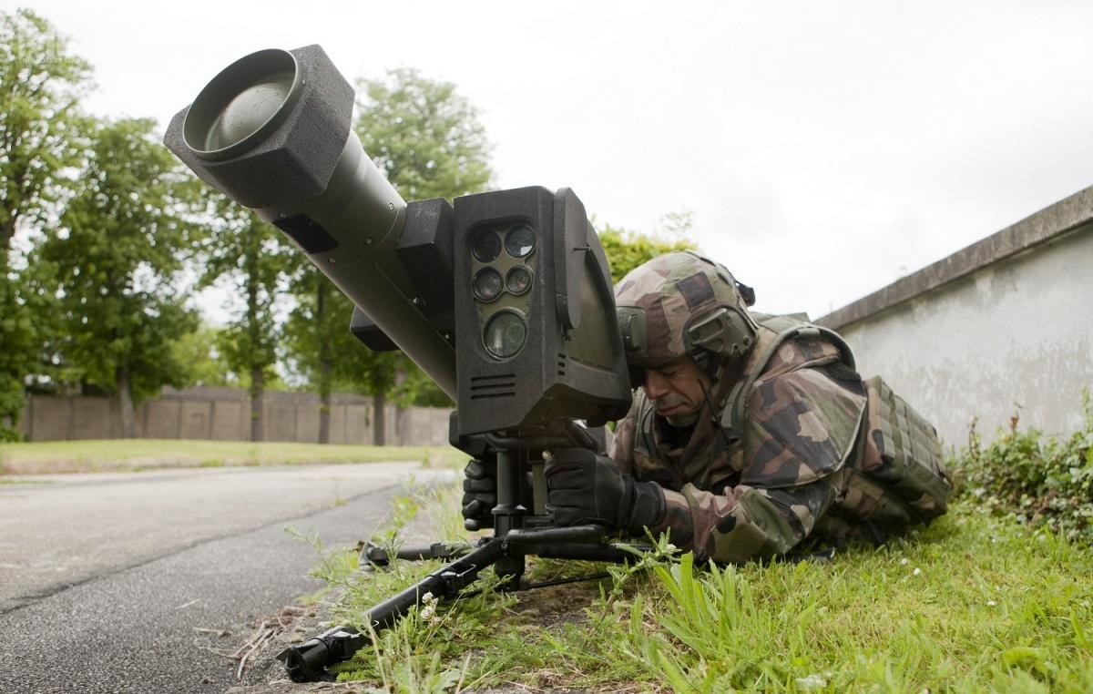 Biorąc poduwagę szwedzkie wymagania, zdostępnych narynku systemów przeciwpancernych pocisków kierowanych wgrę może wchodzić zakup izraelskich Rafael Spike LR II lub francuski MBDA MMP (Missile Moyenne Portée) / Zdjęcia: MBDA, Rafael