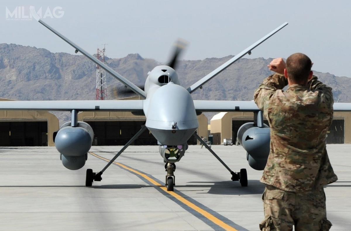 Do tejpory uderzeniowe bsl MQ-9 Reaper przenosiły tylkoamunicję powietrze-ziemia, taką jak  bomby lotnicze GBU-12, GBU-38, GBU-49 czyppk Hellfire. /Zdjęcie: USAF