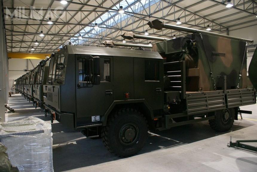 Aparatownie RWŁC-10/T są dostarczane obecnie Wojsku Polskiemu wwersji posadowionej napodwoziu Jelcz 442.