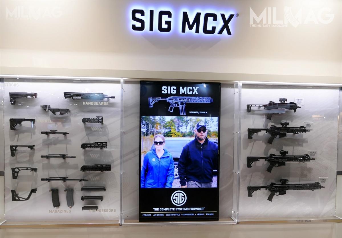 Przykład konfiguracji modułowego karabinka SIG Sauer MCX. Pierwotnie był on oferowany wpostępowaniu nanastępcę G36, rywalizując zHeckler & Koch HK433, Rheinmetall-Steyr RS556, Haenel MK556 iFN Herstal SCAR-L / Zdjęcie: Remigiusz Wilk