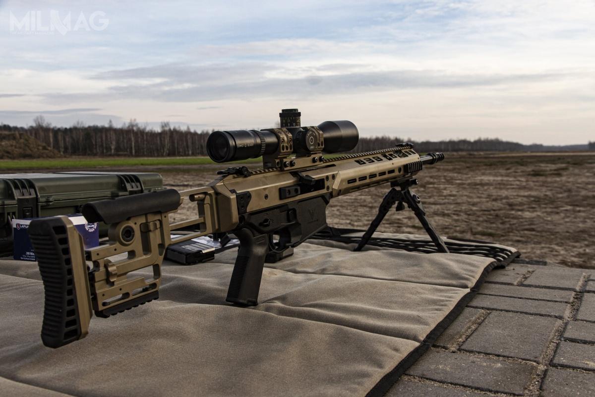 MSBS/Grot-7,62N tostarszy, większy brat Grota C16 FB zasilany nabojem 7,62 mm x 51 NATO. Broń zachowuje identyczne mechanizmy iukład, jak konstrukcja doamunicji 5,56 mm x 45. / Zdjęcie: Fabryka Broni