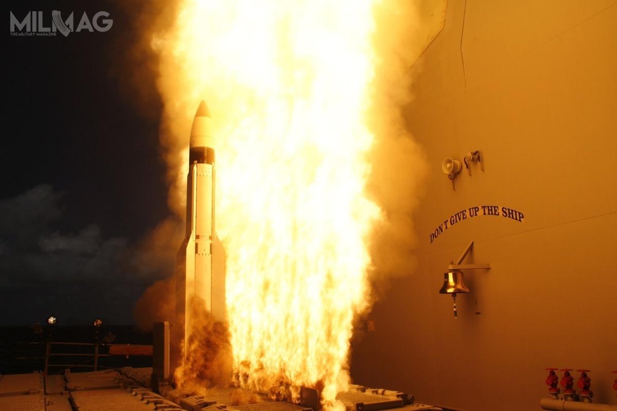 Użytkownikami pocisków przechwytujących zrodziny SM-3 są marynarka wojenna USA (wtym winstalacjach AAMDS wPolsce iRumunii) orazJaponia. Nazakup wpaździerniku 2018 zdecydowała się także Korea Południowa. Wśród potencjalnie zainteresowanych państw wymienia się Belgię iTurcję /Zdjęcie: US Navy