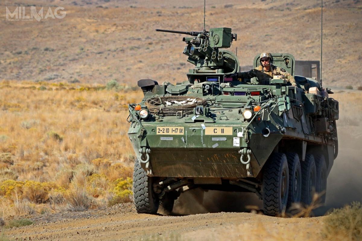 Do 2014 spółka General Dynamics Land Systems-Canada dostarczyła doUS Army 4466 pojazdów Stryker w10 wersjach. Królewskie tajskie wojska lądowe będą pierwszym użytkownikiem eksportowym tych pojazdów. Decyzję ozakupie miał podjąć głównodowodzący gen. Apirat Kongsompong, którywcześniej przeszedł szkolenie wUSA / Zdjęcie: Departament Obrony USA