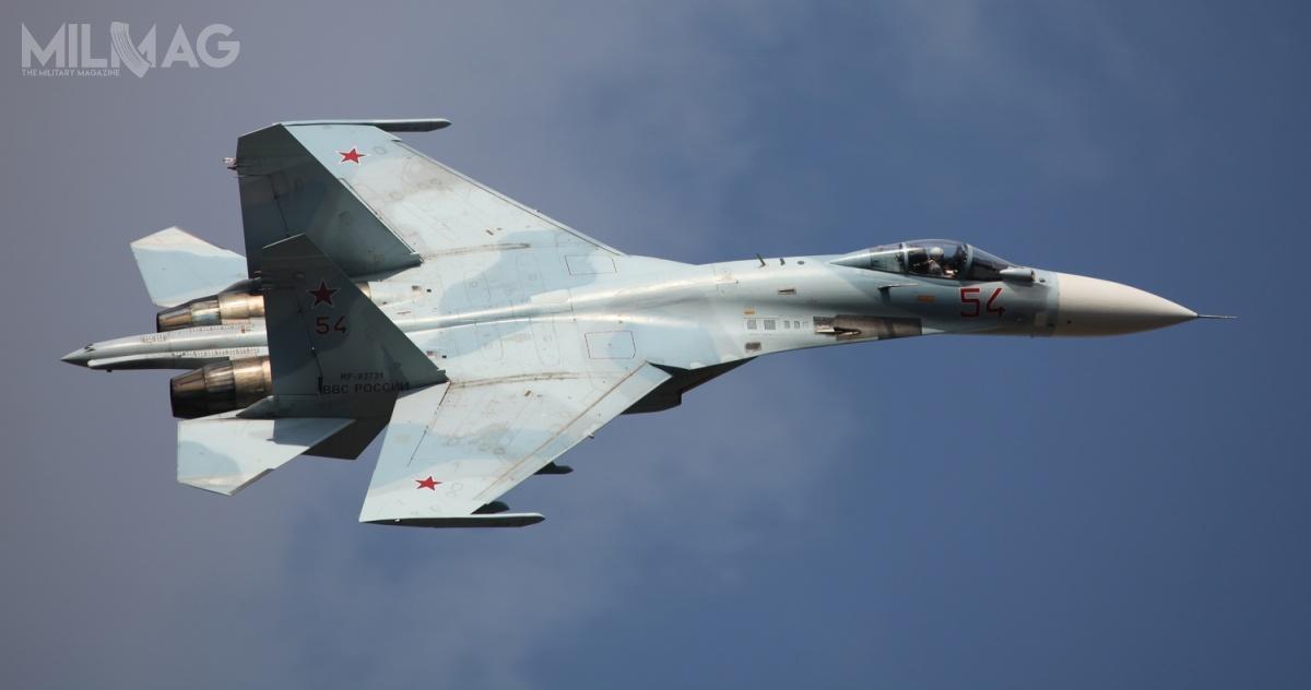 Po niemal 42 latach produkcji dziewięciu odbiorcom dostarczono ponad 800 samolotów Su-27 różnych wersji. Ostatnimi wariantami produkcyjnymi były wielozadaniowe Su-27SM3 / Zdjęcie: Witalij W. Kuźmin