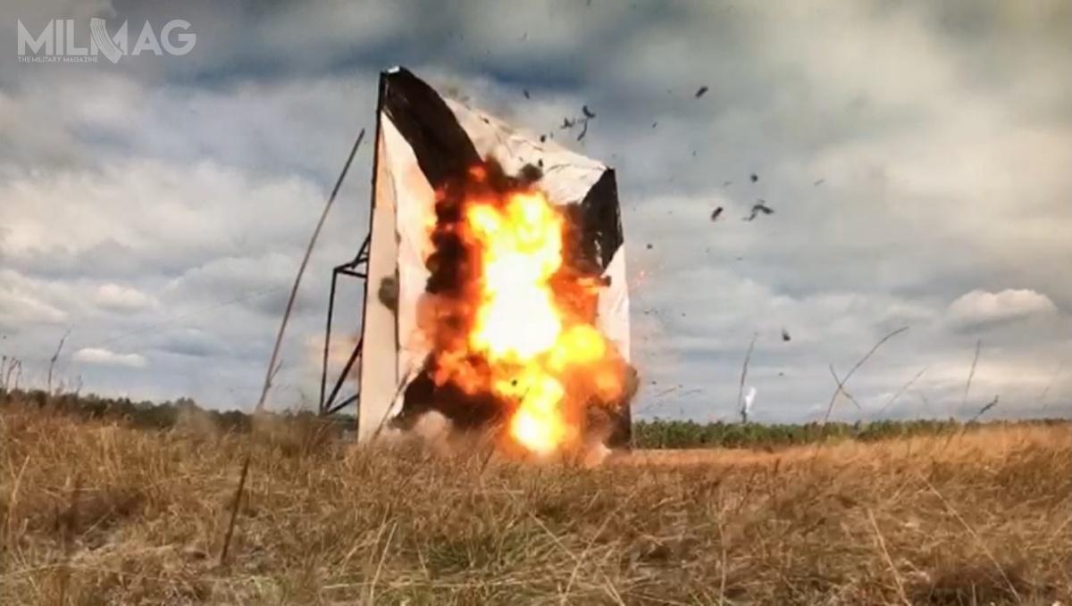 Podczas pokazu dla klienta zagranicznego, wchodząca wskład systemu SWARM, amunicja krążąca Warmate 1, precyzyjnie raziła cel treningowy.