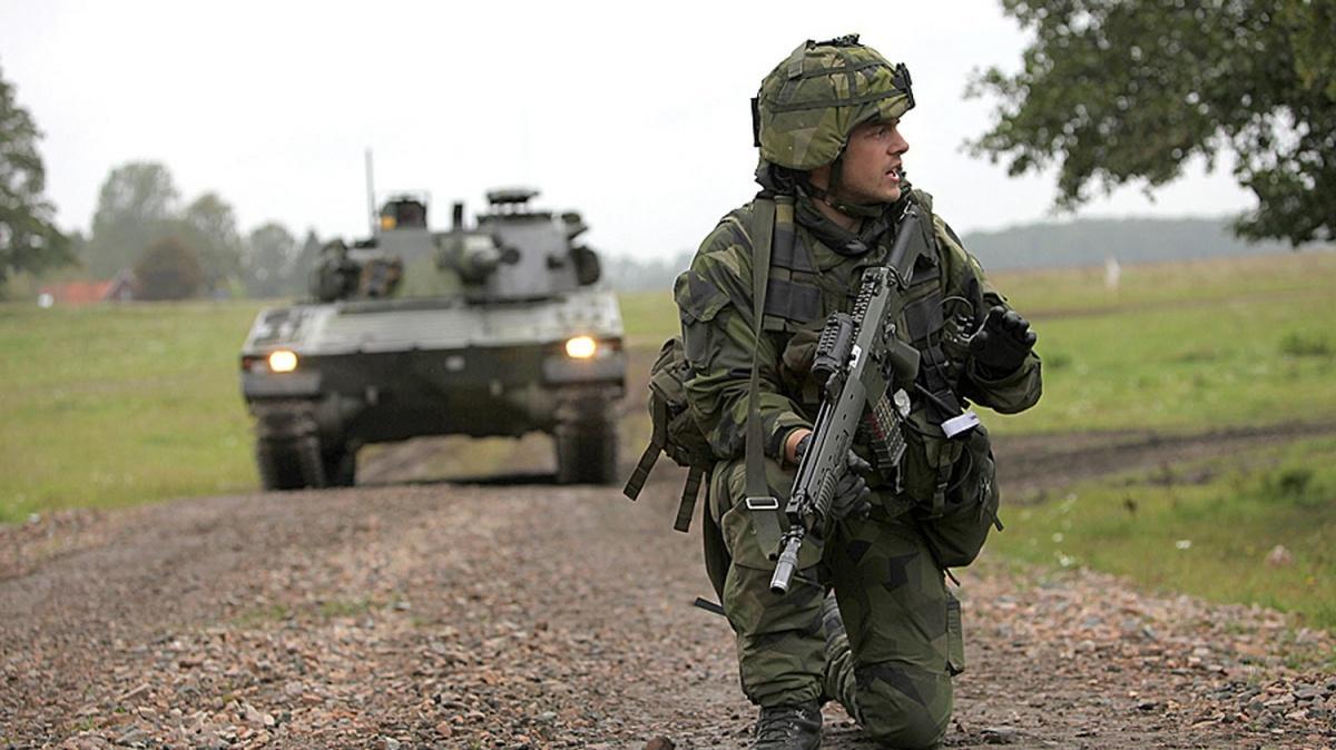 Szwedzi podjęli decyzję ozakupie 5tys. celowników kolimatorowych dla karabinków Ak 5C/D oraz350 dowielkokalibrowych karabinów maszynowych Ksp 88 / Zdjęcia: Ministerstwo obrony Szwecji