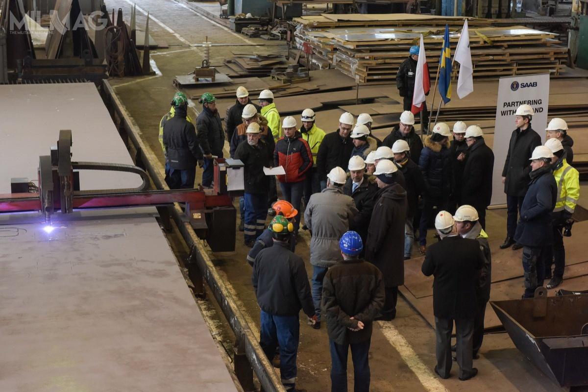 Podczas uroczystości wStoczni Remontowej Nauta rozpoczęto budowę nowej jednostki rozpoznania dla  Królewskiej Szwedzkiej Marynarki Wojennej