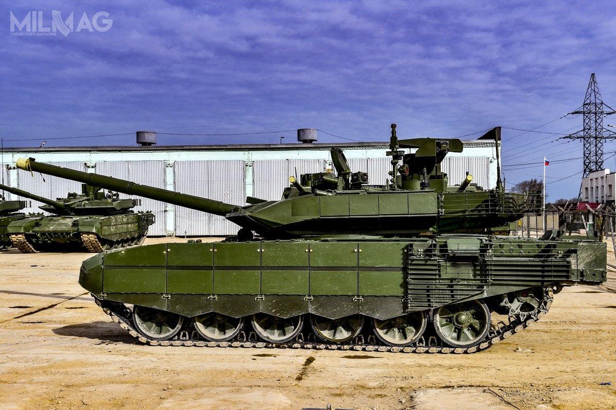 W l. 2019-2020 poinformowano opodpisaniu umów namodernizację ogółem 200 czołgów T-90A dostandardu T-90M Proryw-3. Część znich ma być fabrycznie nowa. Oznacza to, żeliczba zakontraktowanych czołgów T-90M Proryw-3 wynosi obecnie 230. Do2027 wojsko rosyjskie ma otrzymać 400 wozów tego typu / Zdjęcie: Ministerstwo Obrony Federacji Rosyjskiej