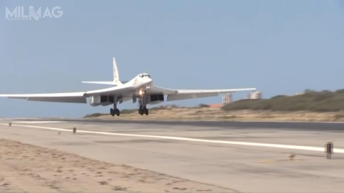 W stolicy Wenezueli wylądowały dwa zmodernizowane bombowce strategiczne Tu-160M1 onazwach własnych Nikołaj Kuzniecow iWasilij Rieszetnikow. /Zdjęcie: Ministerstwo Obrony Federacji Rosyjskiej