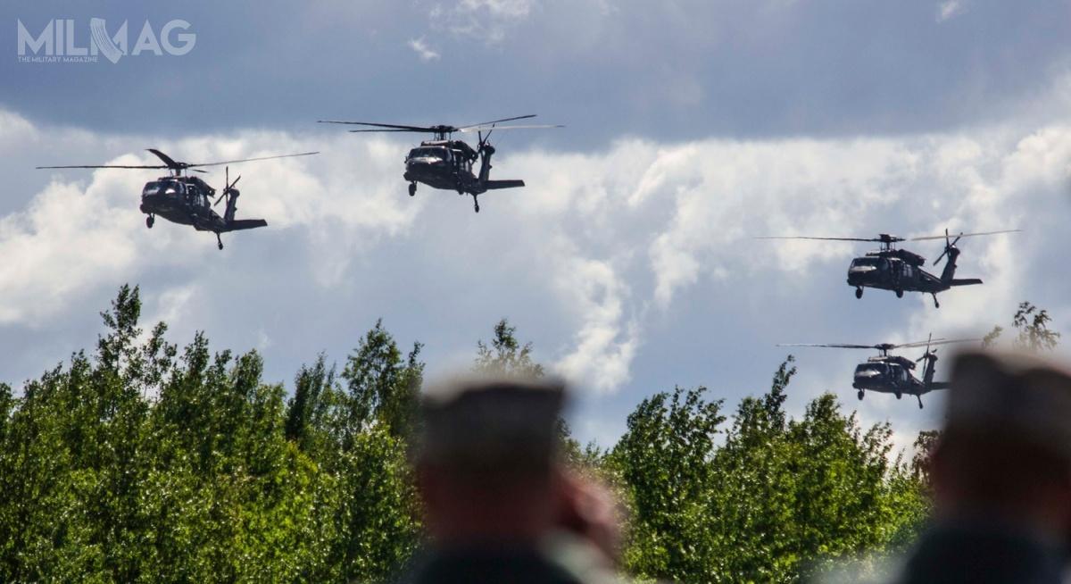 Litwa stanie się trzecim wregionie, poSłowacji iŁotwie, użytkownikiem śmigłowców wielozadaniowych Sikorsky UH-60M Black Hawk / Zdjęcie: MON Litwy