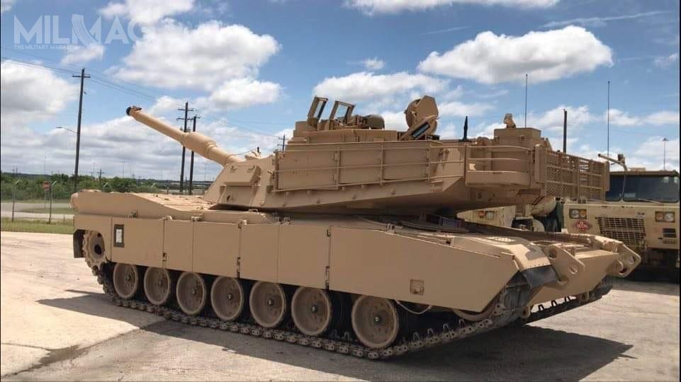 Pierwotnie planowano, żezmodernizowane M1A2 SEPv3 wejdą dolinii w2018. Demonstrator technologii pojazdu, wewczesnej konfiguracji, został zaprezentowany podczas waszyngtońskiej wystawy sprzętu wojskowego Association of the United States Army (AUSA) Annual Meeting and Exposition, 12-14 października 2015. Wplanach jest także wprowadzenie wariantu M1A2 SEPv4, którybędzie strzelał m.in.nowymi pociskami odłamkowo-burzącymi XM1147 Advanced Multi-Purpose (HEMP-T) zzapalnikiem programowalnym / Zdjęcie: US Army