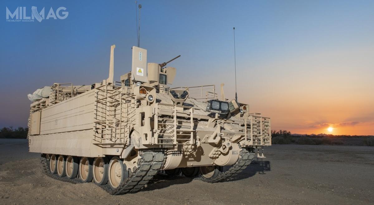 Zapotrzebowanie US Army naAMPV szacowane jest na2906 wozów owartości 10,72 mld USD (36,7 mld zł). Ztego 522 transportery opancerzone, 933 wozy dowodzenia, 386 samobieżnych moździerzy, 790 pojazdów ewakuacji medycznej i215 opancerzonych ambulansów / Zdjęcie: BAE Systems