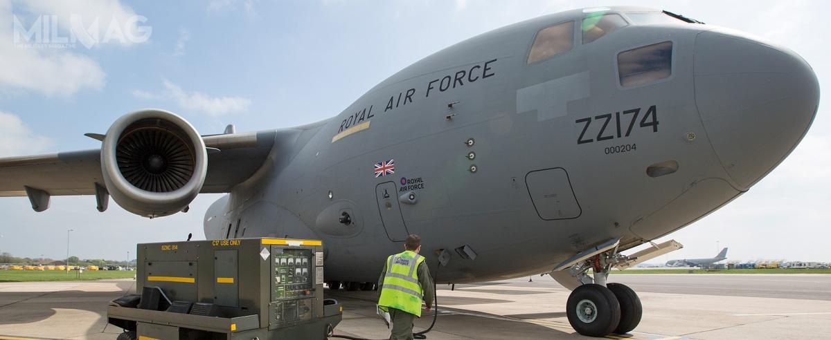 Wielka Brytania zdecydowała się naodkupienie czterech wypożyczonych wcześniej samolotów Boeing C-17A Globemaster III orazdokupienie czterech kolejnych, potym jak lotnictwo transportowe okazało się kluczowe, jako zabezpieczenie logistyczne, podczas operacji pk. Herrick wAfganistanie (2002-2014), jak nazywano działania brytyjskie wtym państwie. Samoloty były przydzielone do901. Skrzydła Ekspedycyjnego RAF (901 EAW, Expeditionary Air Wing). Od2018 wspierają działania międzynarodowe podprzywództwem Francji wMali podczas operacji pk. Barkhane / Zdjęcie: Royal Air Force