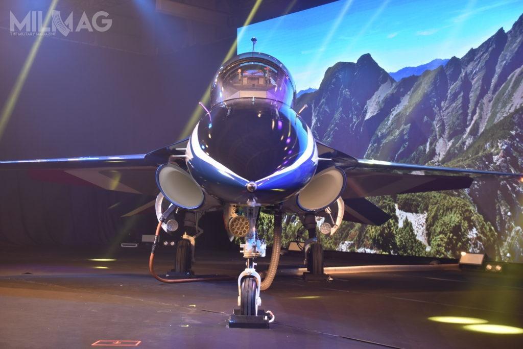 Ceremonii prezentacji prototypu nowego samolotu szkolenia zaawansowanego przewodziła prezydent Tsai Ing-wen